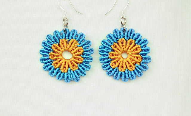 Circular Flower Earrings Tutorial