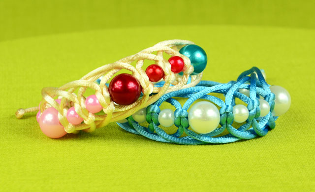 Fast Beaded Bracelet Tutorial