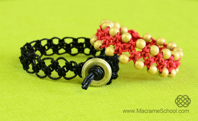 Easy ZigZag Square Knot Loops Bracelet